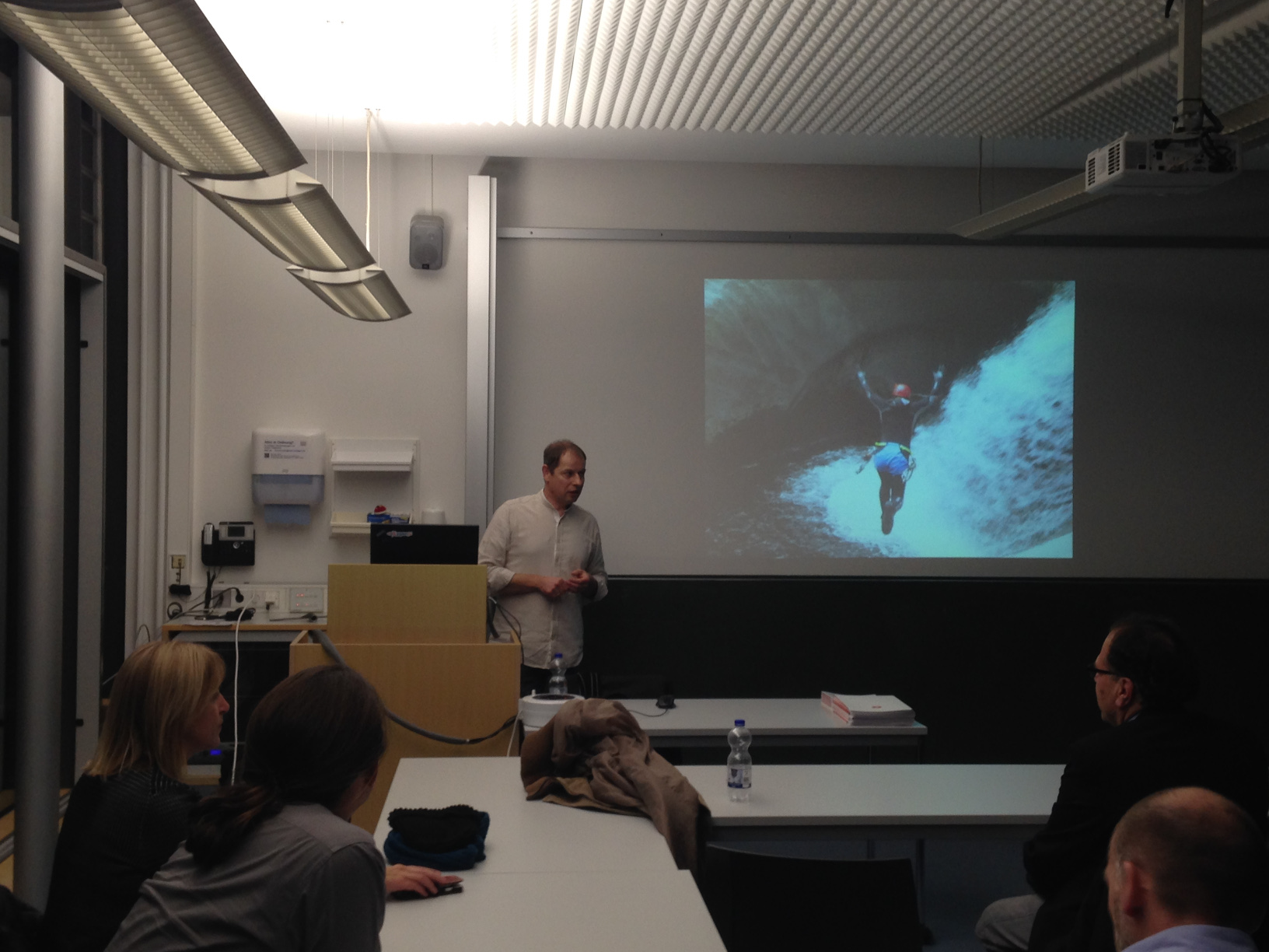 Tobias Ott beantwortet Fragen